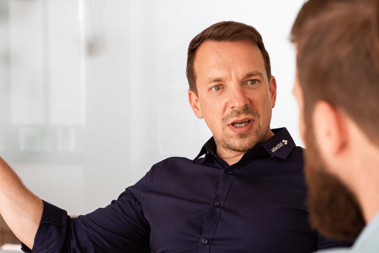 Interview mit Christoph Schön zu Auswahl von Solarmodul-Herstellern