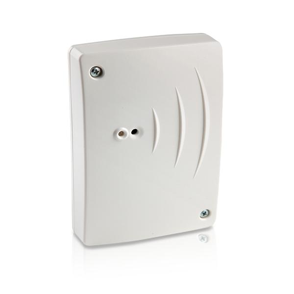 Automatizovaná domácnost SolarEdge s AC vypínačem s měřičem